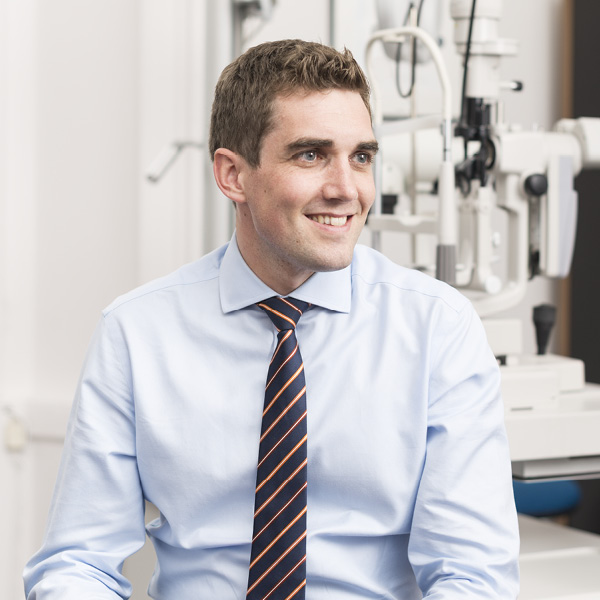 Ian Cameron named UK Contact Lens Practitioner of the Year