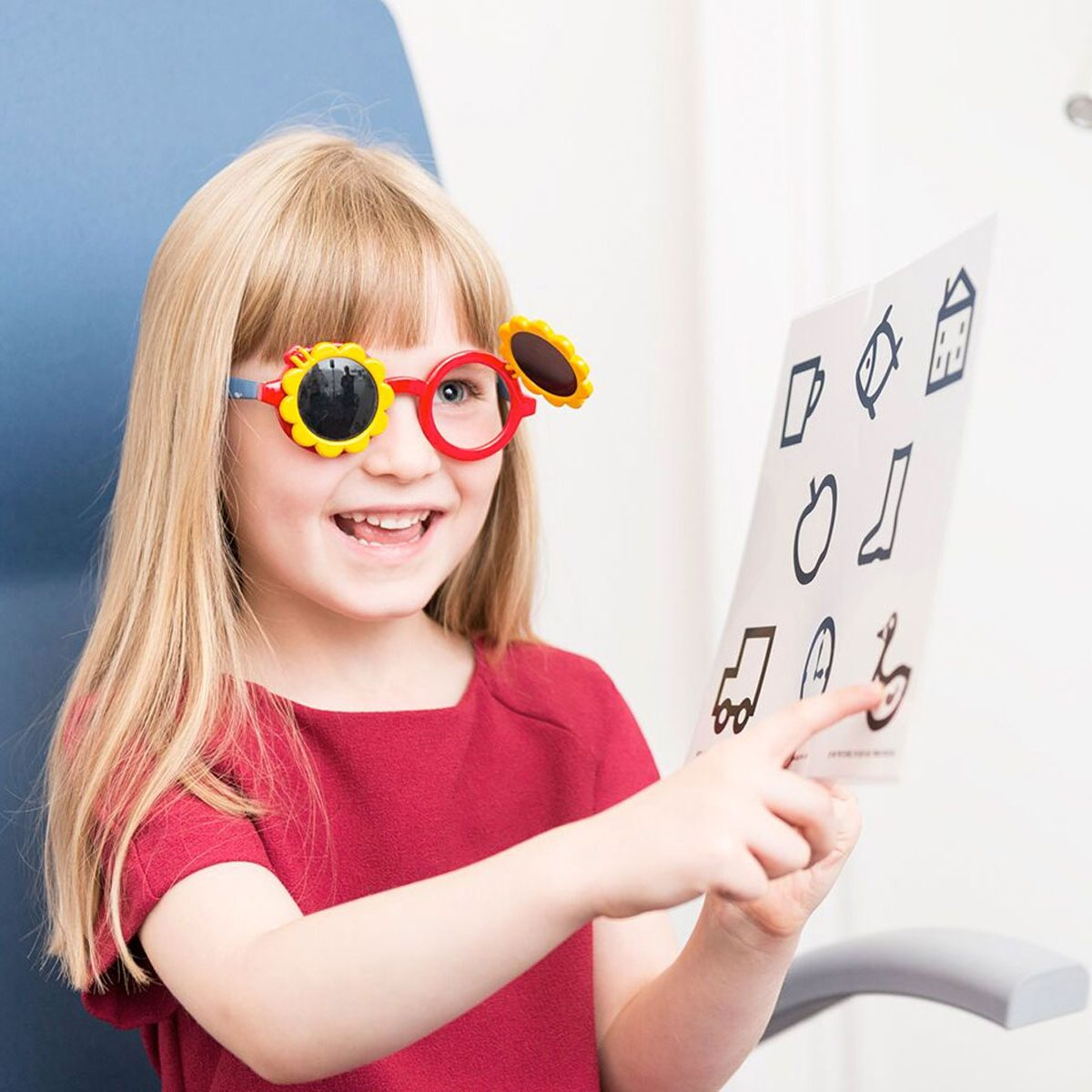 Your child's first eye examination – what to expect